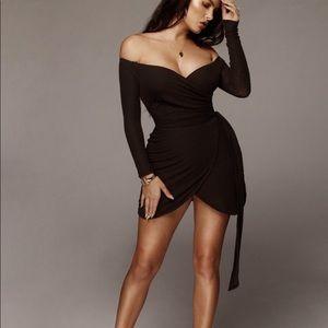 NWT JLUXLABEL Ada Wrap Tie Dress in Dark Brown